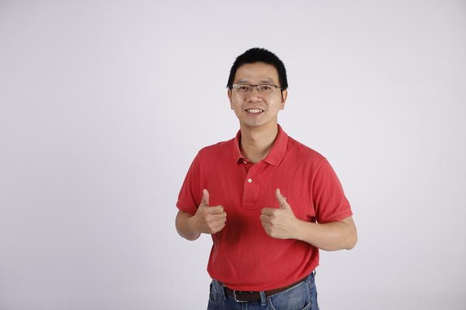 Tiến sĩ Nguyễn Phụ Hoàng Lân, giáo viên môn Toán tại Hệ thống Giáo dục HOCMAI.