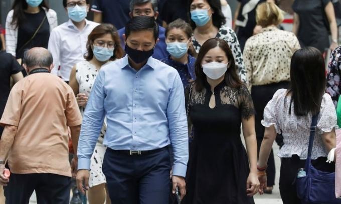 Singapore ghi nhận ca nhiễm nCoV theo ngày cao nhất 11 tháng