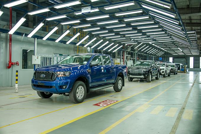 Lô Ford Ranger xuất xưởng tại nhà máy của hãng ở Hải Dương hôm 15/7.