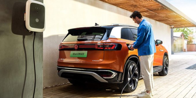 Volkswagen-ID-6-CROZZ-China-7753-1626929503.jpg?w=680&h=0&q=100&dpr=1&fit=crop&s=HxRSKz88TJgdATwHeWUQ8g