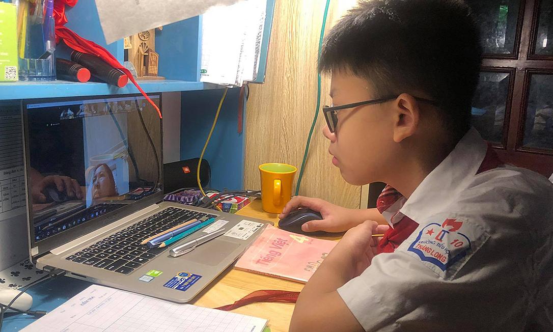 Trường học Hà Nội tổ chức kiểm tra học kỳ II online