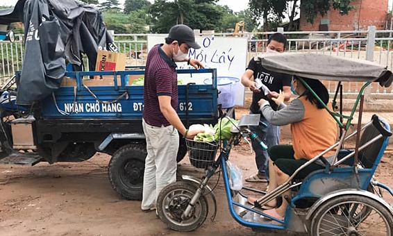 Siêu thị 0 đồng của vợ chồng thầy giáo Sài Gòn