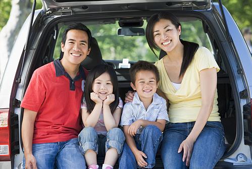 Sắm ôtô để 'mua' những cơ hội