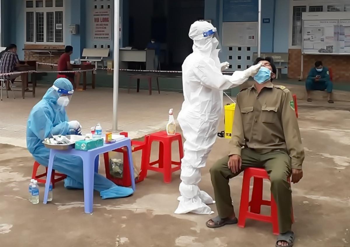 Tây Ninh, Bà Rịa - Vũng Tàu lập nhiều bệnh viện dã chiến