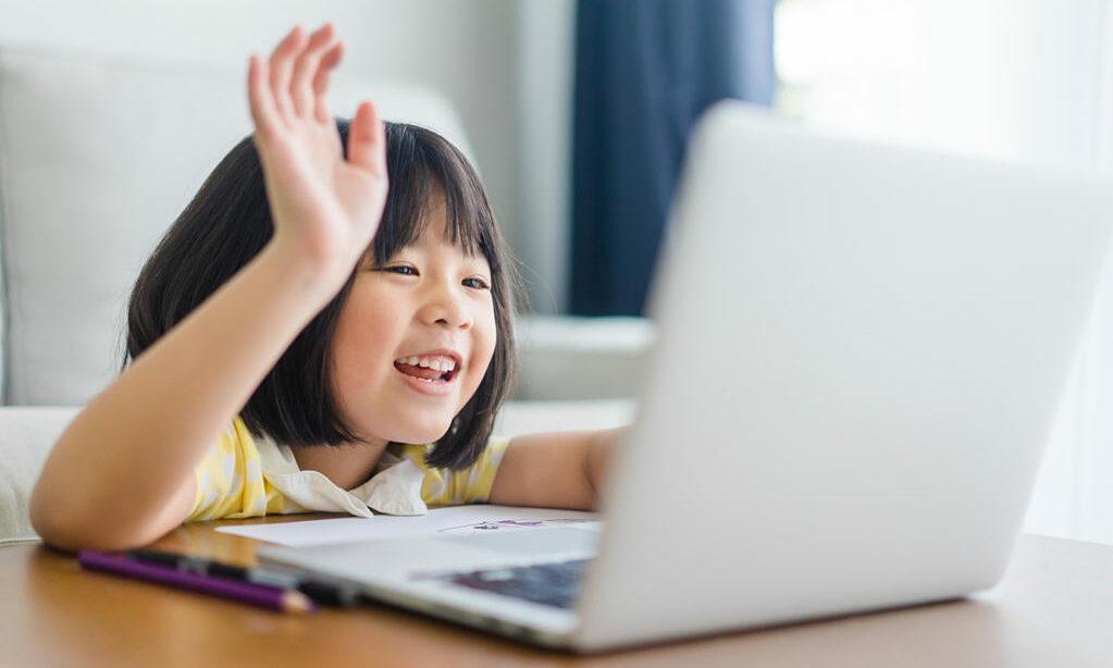 Giúp con ôn toán trong mùa hè qua các khóa học trực tuyến