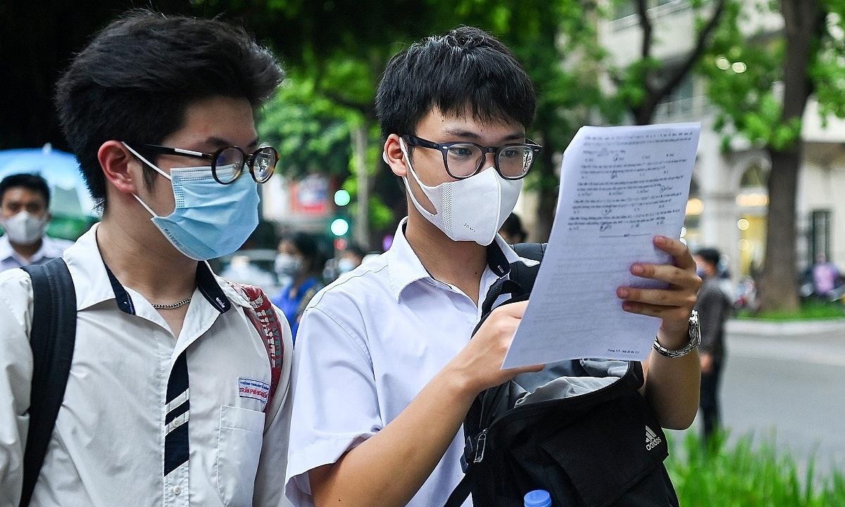 Đại học Luật Hà Nội lấy điểm chuẩn học bạ không dưới 24