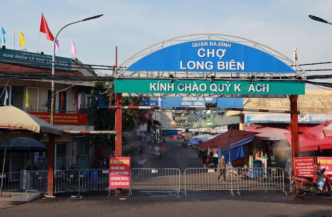 Covid 24h: Hà Nội phong tỏa chợ Long Biên, TP HCM hơn 1.000 F0 nặng