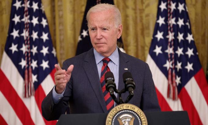 Biden họp báo tại Nhà Trắng hôm 3/8. Ảnh: AFP.