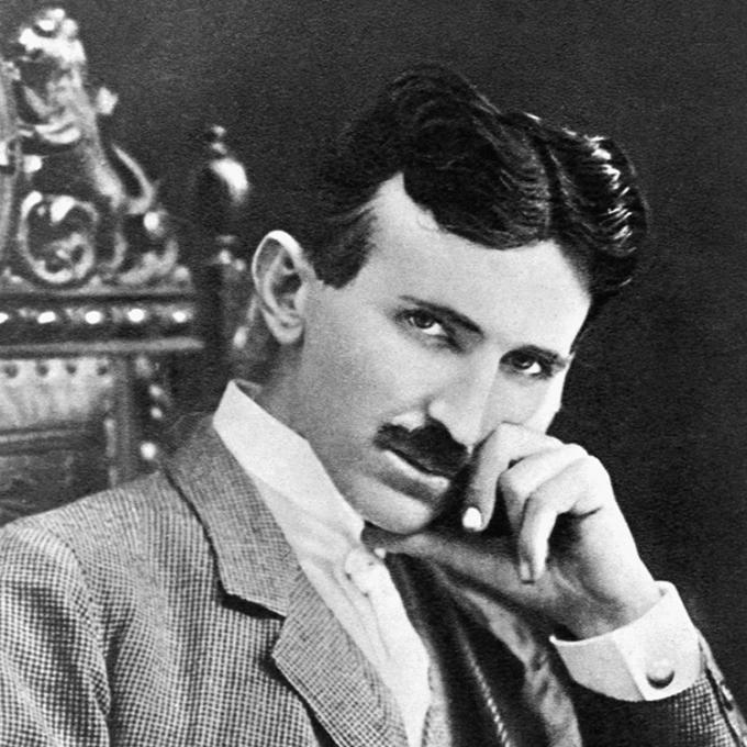 Chân dung Nikola Tesla khi 40 tuổi. Ảnh: Wikipedia