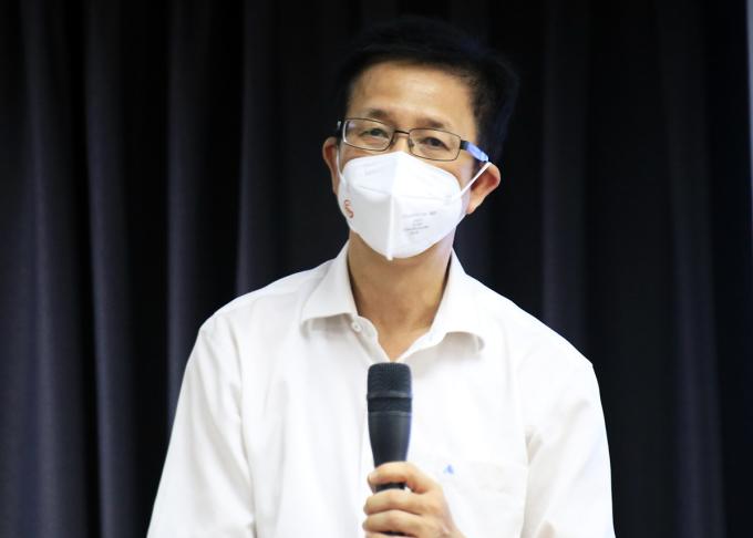 Ông Phạm Đức Hải, nguyên Phó chủ tịch HĐND TP HCM, Phó Ban chỉ đạo phòng chống Covid-19 TP HCM tại buổi họp báo trưa 20/8. Ảnh: Hữu Công