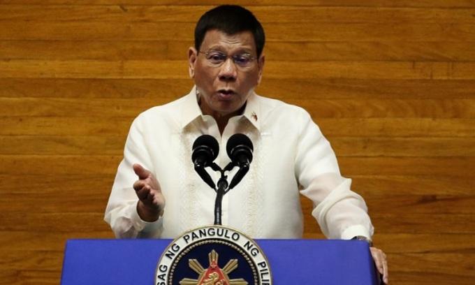 Duterte tranh cử phó tổng thống năm 2022