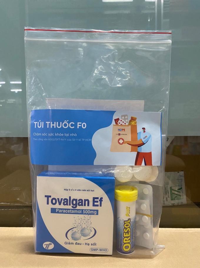 Túi thuốc F0 hỗ trợ các bệnh nhân Covid-19 điều trị tại nhà.