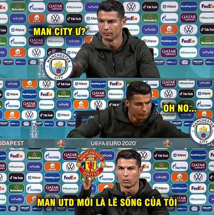 Ronaldo chọn về Man Utd thay vì Man City.