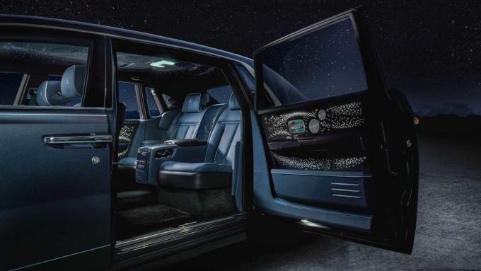Rolls-Royce Phantom nổi tiếng với khả năng cách âm. Ảnh: Rolls-Royce