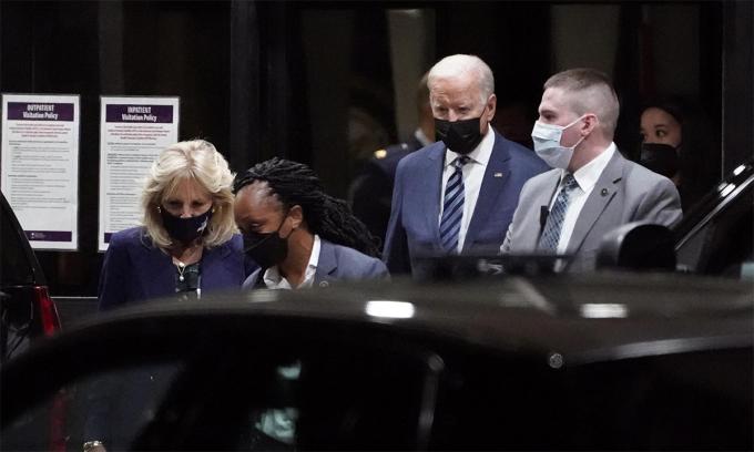 Biden thăm lính Mỹ bị thương trong vụ đánh bom sân bay Kabul