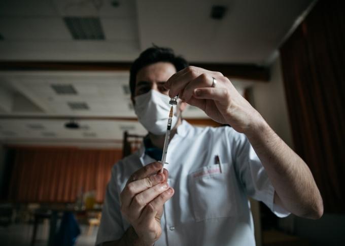 Lý do EU hỗ trợ nhiều vaccine cho Việt Nam