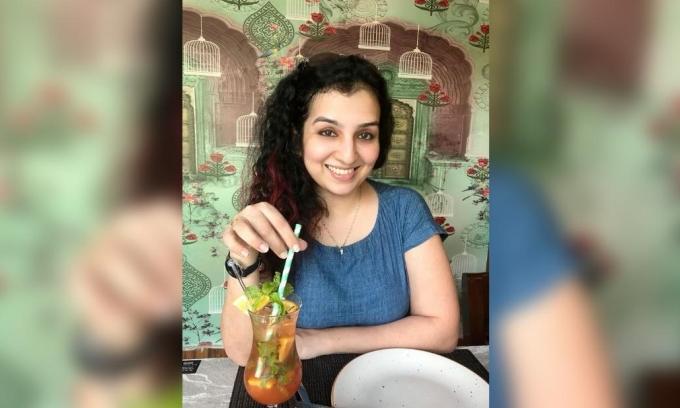 Hana Mohsin Khan, nữ phi công 32 tuổi, nhà bảo vệ nữ quyền mạnh mẽ theo Hồi giáo tại Ấn Độ. Ảnh: Hana Mohsin Khan