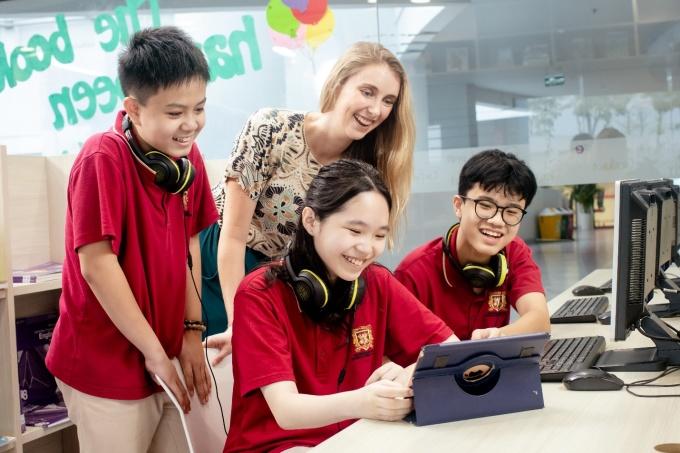 Qua chương trình tái thiết, VAS đào tạo học sinh tăng khă năng tự lập, ý thức trách nhiệm.