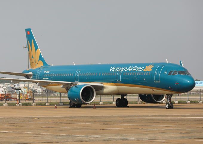 Máy bay đỗ tại sân bay Tân Sơn Nhất. Ảnh: Quỳnh Trần