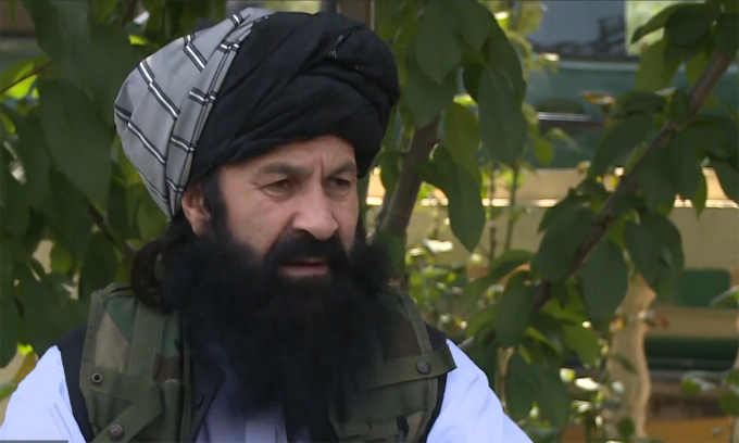Khalil ur-Rahman Haqqani trong cuộc phỏng vấn tại Kabul, Afghanistan ngày 22/8. Ảnh: Al Jazeera.
