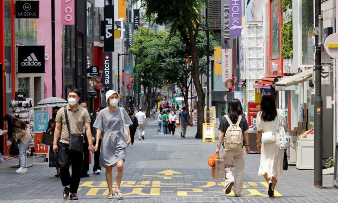 Một con phố ở thủ đô Seoul, Hàn Quốc hôm 9/7. Ảnh: Reuters.