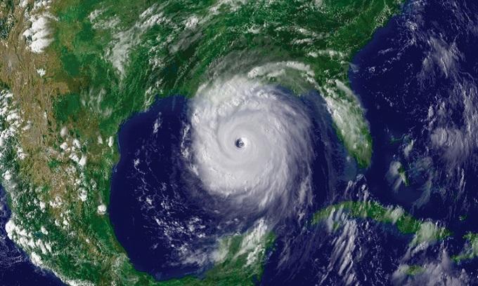 Bão Katrina nhìn từ vũ trụ. Ảnh: Britannica