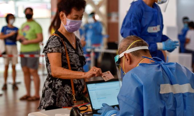 Singapore lạc quan dù ca nCoV tăng kỷ lục