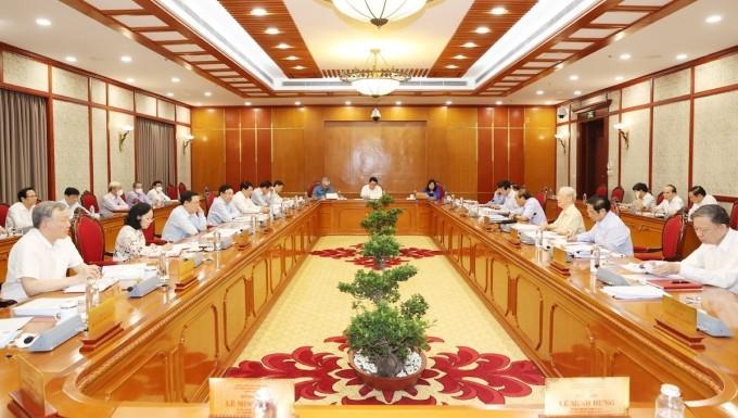 Các thành viên Bộ Chính trị, Ban Bí thư tại cuộc họp sáng 17/9. Ảnh: TTXVN