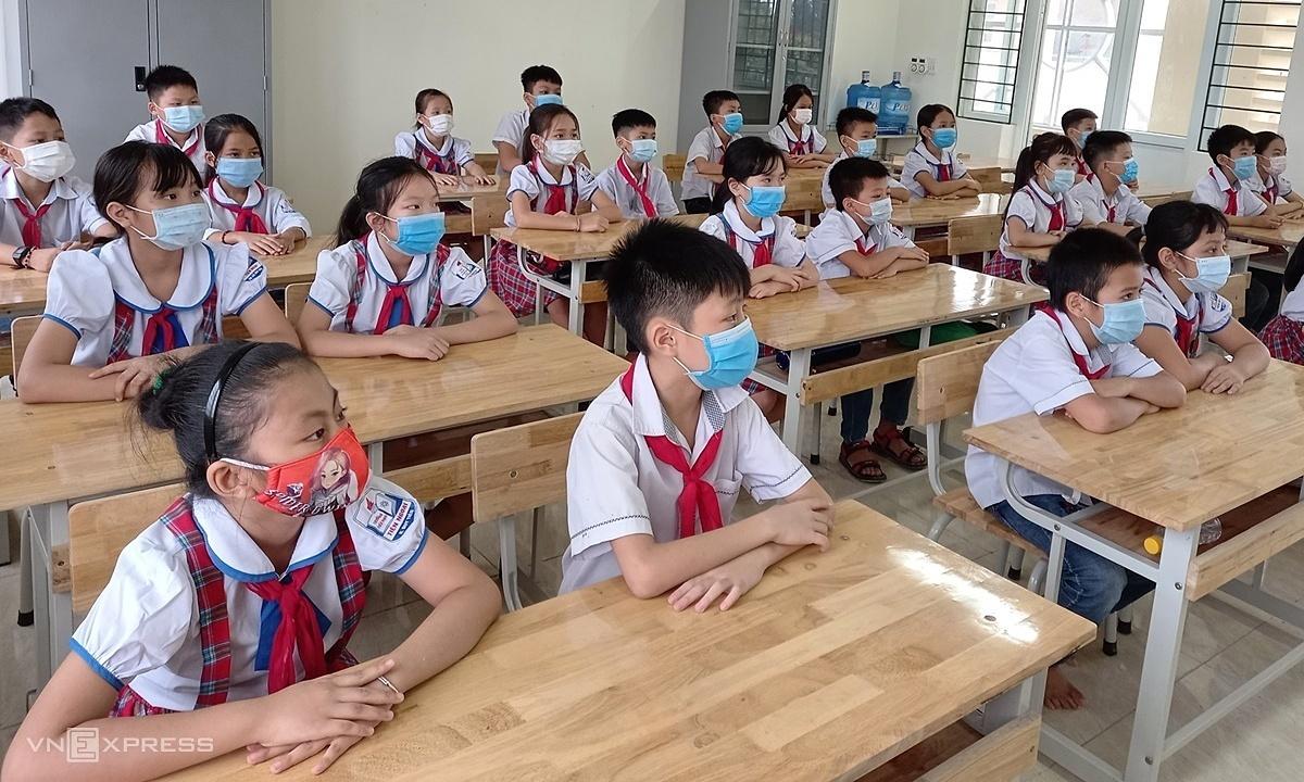 20 học sinh, giáo viên Hà Nam mắc Covid-19