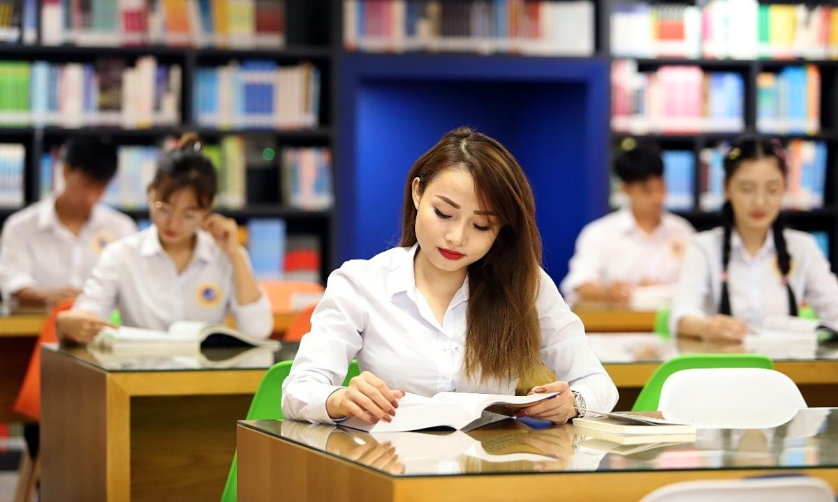 SIU bồi dưỡng năng lực tranh tụng quốc tế cho sinh viên ngành luật