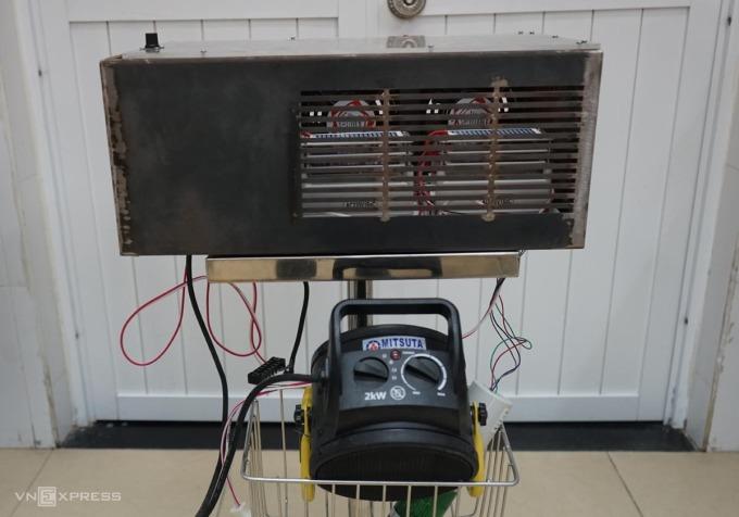 Giảng viên tạo thiết bị diệt nCoV trong phòng kín