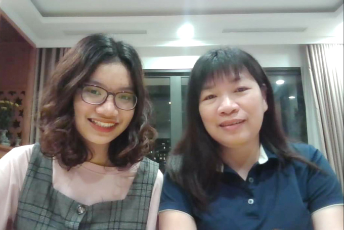 Chị Dương và con gái lớn Khả Hân. Ảnh: Nhân vật cung cấp