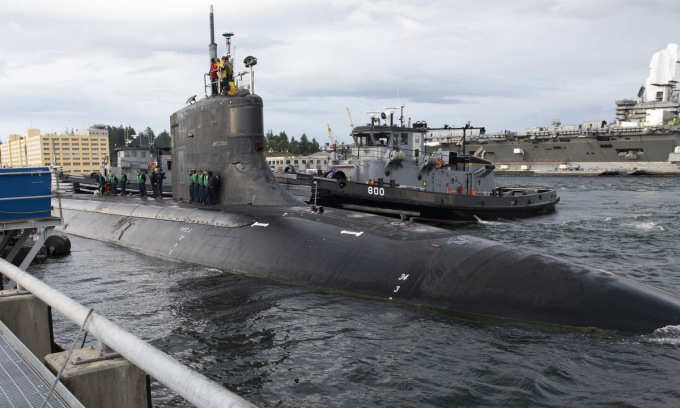 USS Connecticut rời cảng ở Mỹ để làm nhiệm vụ hồi tháng 5. Ảnh: US Navy.