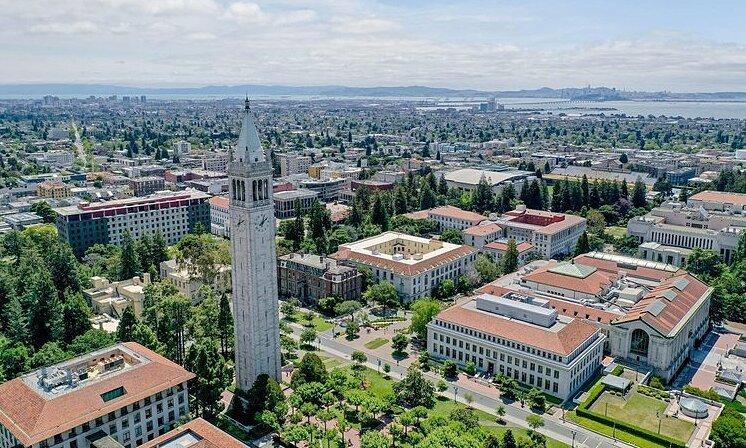 Những đại học Mỹ nhận trăm nghìn đơn ứng tuyển mỗi năm