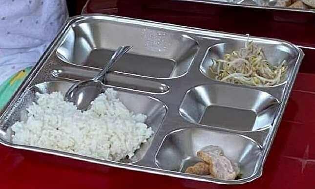 Suất ăn học sinh bán trú bị phản ánh kém chất lượng
